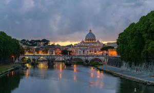 experience italy rome vatican hospitaly